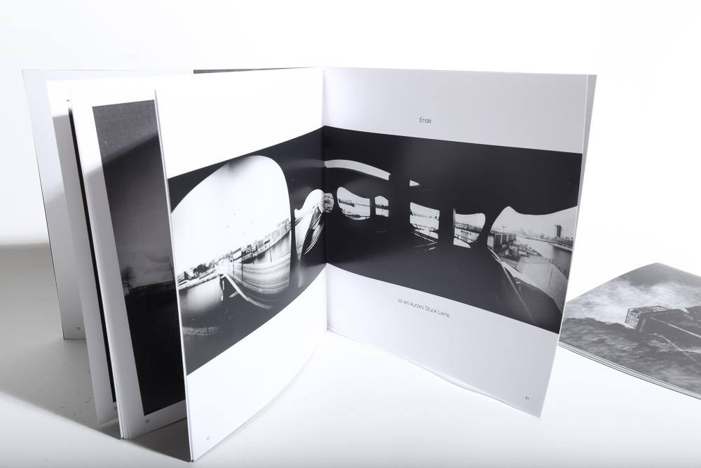 Bildband 5 zeigt Lochkamerabilder des Hafens