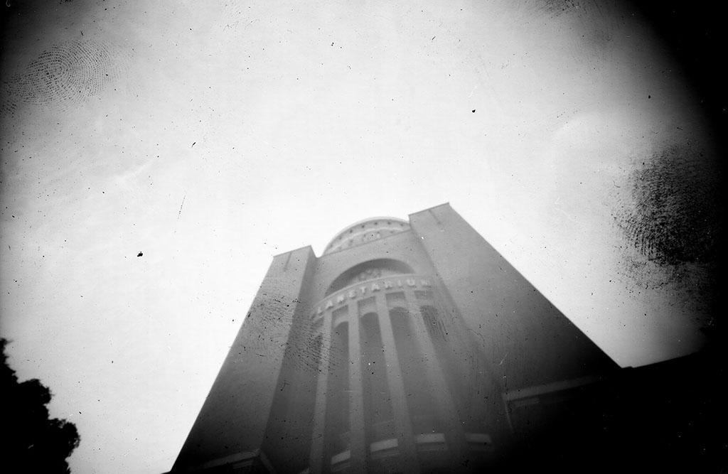 Das Planetarium Hamburg fotografiert von unten mit einer Camera Obscura