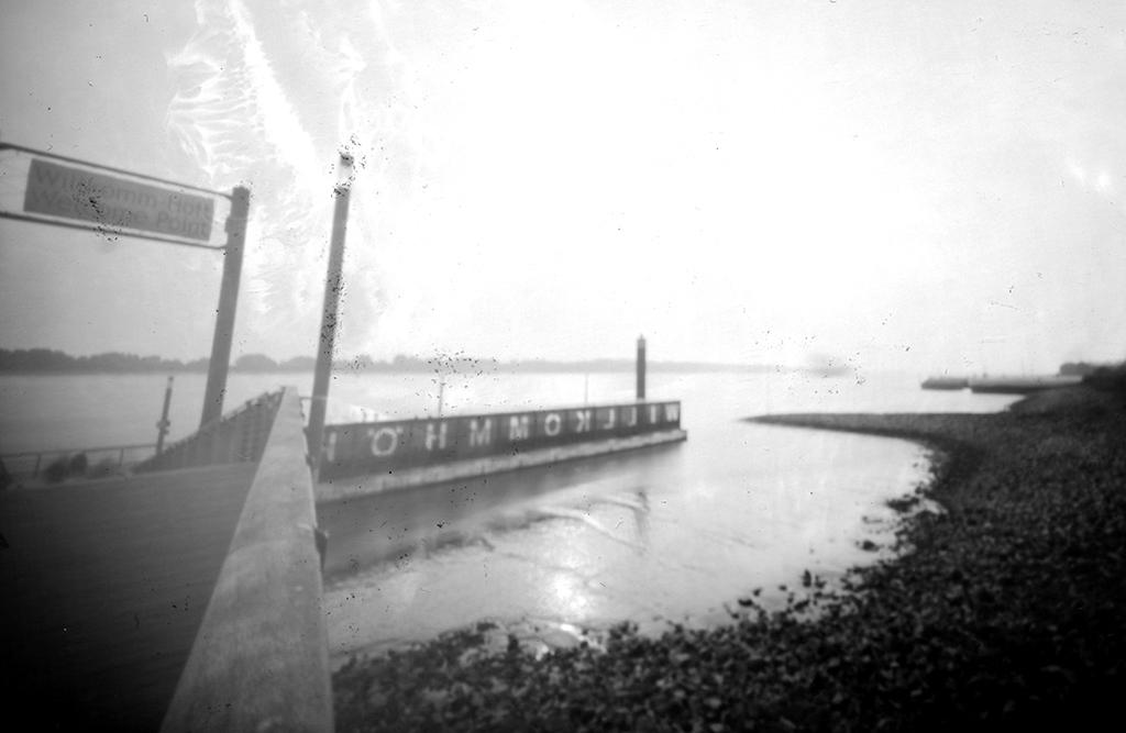 Wilkommenshöft fotografiert mit einer Lochkamera